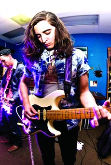 Roshii + Collective Dreams Bring the Experimental Rock to Bottom Bracket