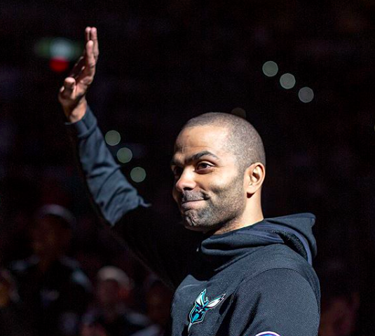 Tony Parker waves to the crowd at the AT&T Center. - INSTAGRAM / SPURS