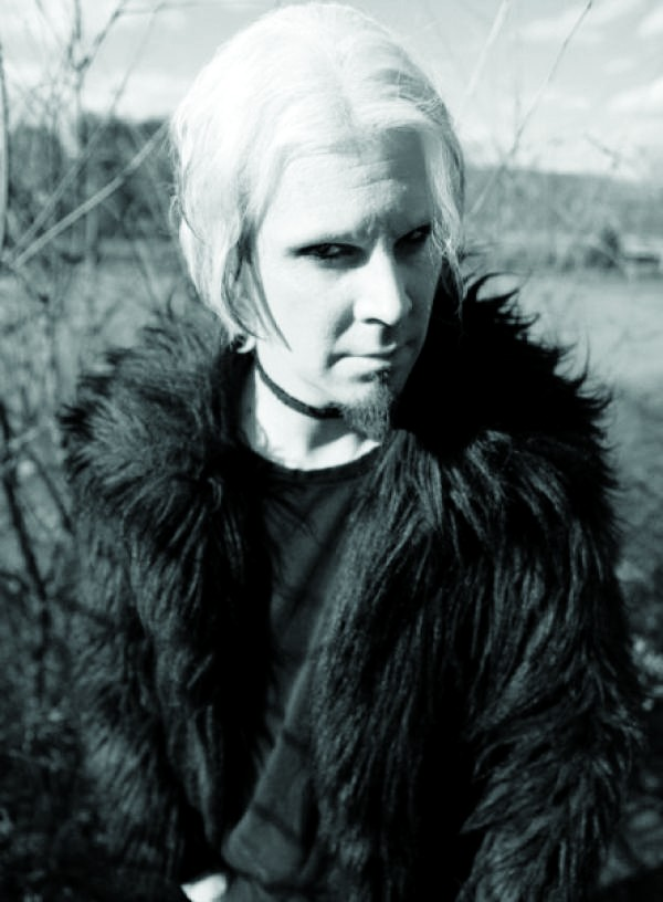 Formerly of Marilyn Manson and Rob Zombie, John 5 Stopping By The Rock Box