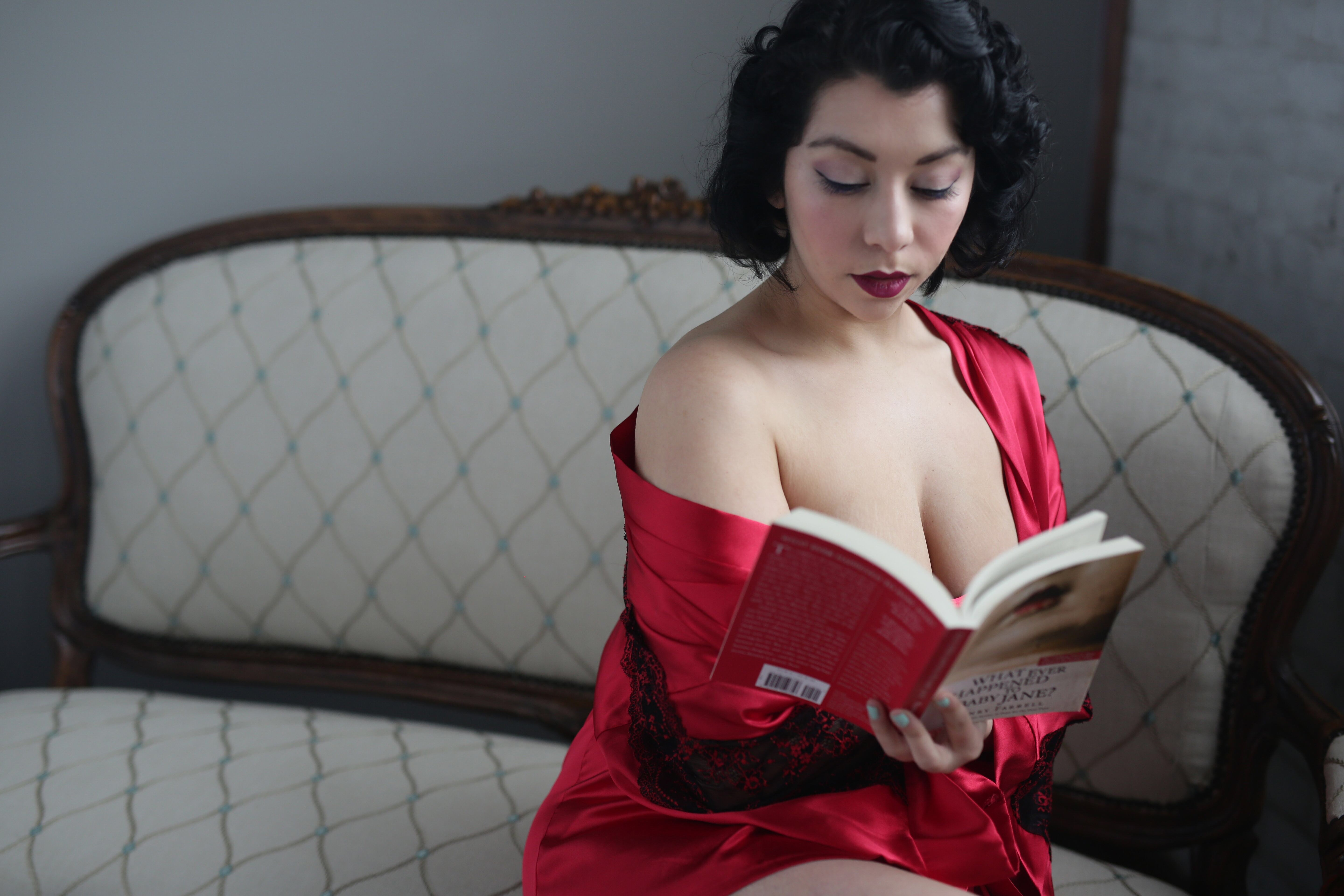 This Month's Naked Girls Reading Puts a New Spin on Nudie Films