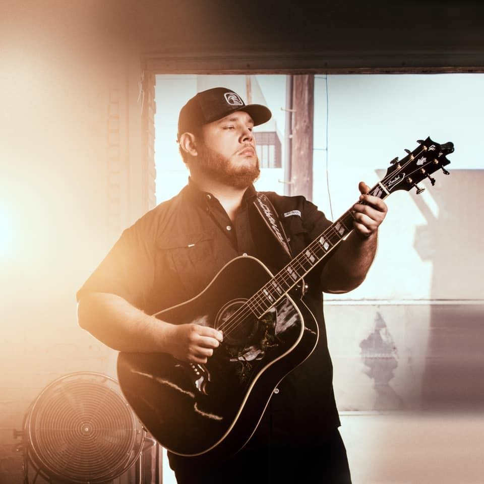 Beautiful Crazy' Singer Luke Combs Returns to San Antonio for a Show