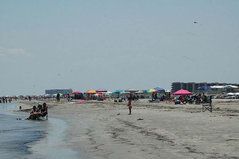 A July order closed vehicle access to Port Aransas beaches in an effort to contain the spread of COVID-19. - WIKIMEDIA COMMONS / GLORIA BELL