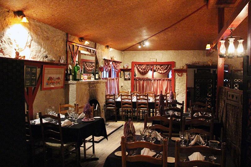 The main dining room at the Grey Moss Inn - ALBERT SALAZAR