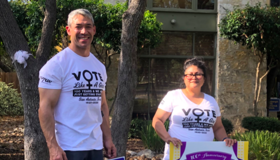 Welcome to the gun show: Ron Nirenberg shows off his biceps while quarantining at home with wife Erika Prosper. - TWITTER / RON_NIRENBERG