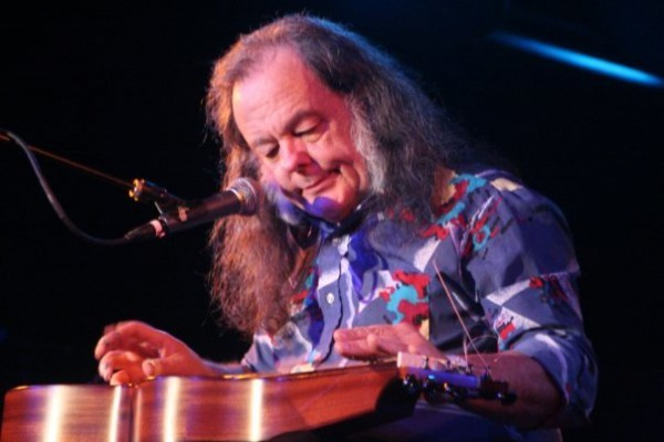 David Lindley - PHOTO BY MARK MCDERMOTT
