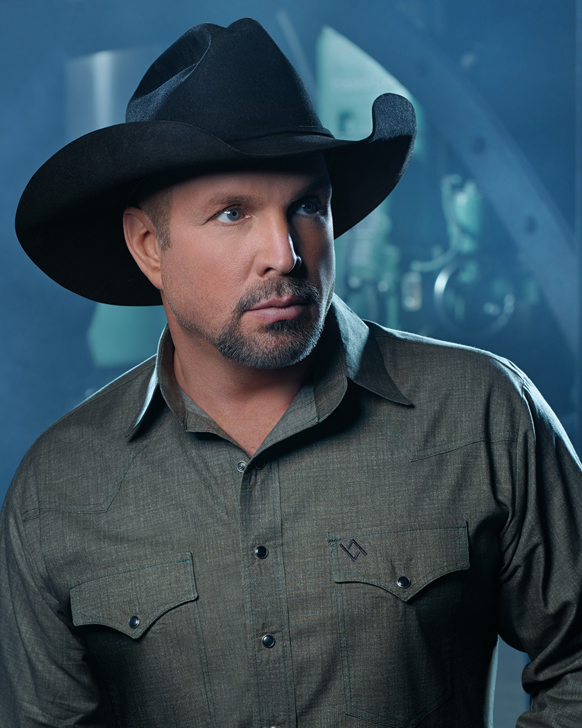 Garth Brooks Adds 2 More Shows to His July Concert Dates  2ad9892eecc