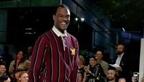 Spurs Legend David Robinson Struts Down Runway at New York Fashion Week