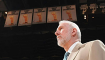 Coach Popovich Reportedly Gave a $5,000 Tip at a Memphis Restaurant