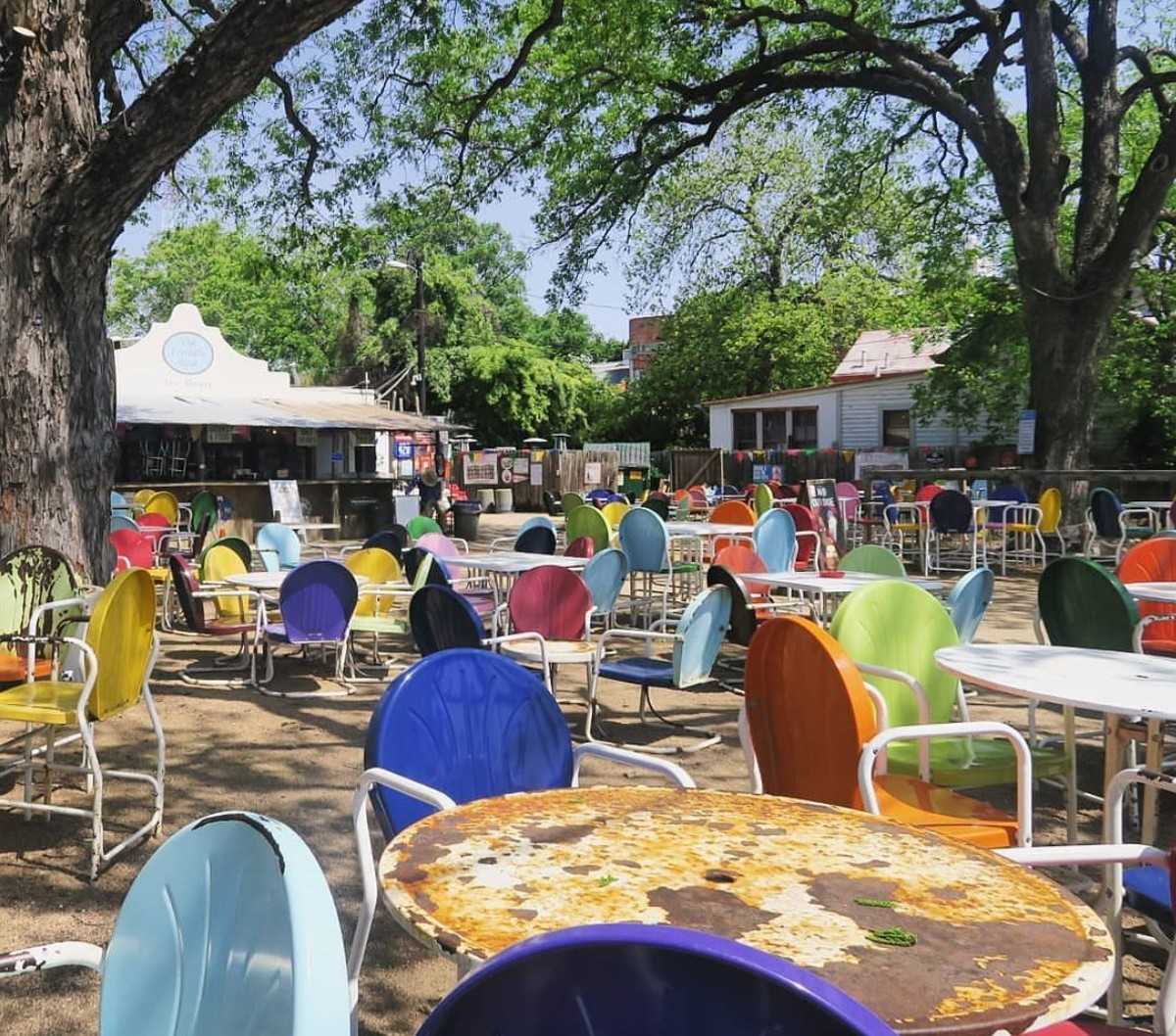 20 Kid Friendly San Antonio Spots Where Parents Can Get A