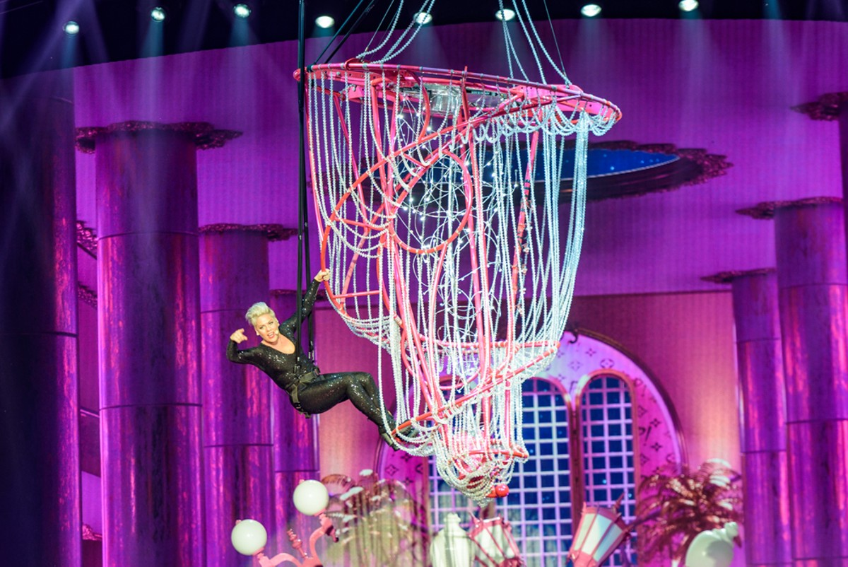 P!nk Came and Wowed Everyone at the AT&T Center Because That's Just Who She Is