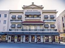 menger_hotel_.jpg