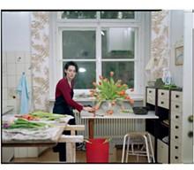 64_tina_barney_the_tulips_2001sm.jpg
