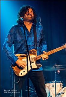 Blues guitarist-vocalist, Tab Benoit - Uploaded by publiciteeguy