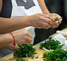 53d3fb44_cia-arriba-latin-food-classes-cilantro.jpg