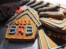 8112c095_abode_cookies_by_franki_catering.jpg