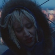Video: Yeah Yeah Yeahs on top of the world