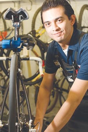 bestof_bikeworld_cmykjpg