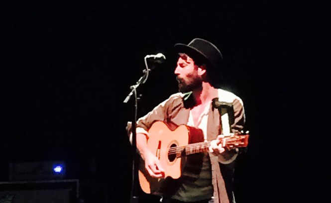 ray-lamontagne-3-pc-kevin-d-white.jpeg
