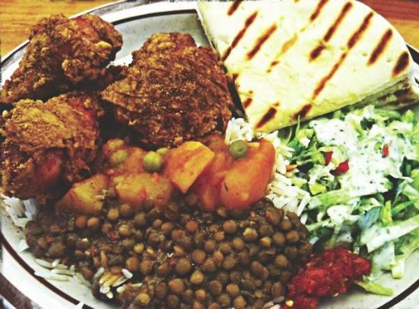 Curry-fried chicken plate