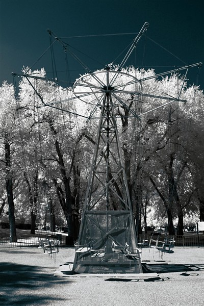 liberty_park_infrared_big_swing_blue.jpg