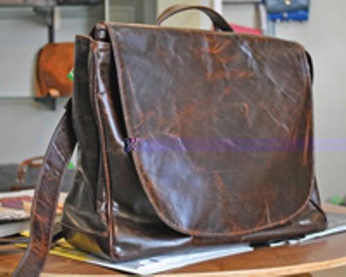 leatherbag_1.jpg