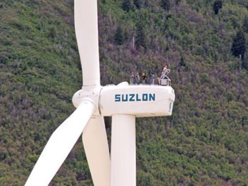 windmills_guysontop.jpg