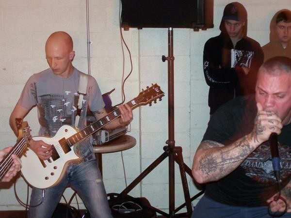 trevor_playing_guitar_with_collapse.jpg