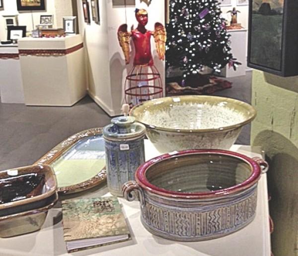 Holiday group show at Art Access