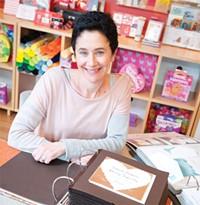 Miriam Footer of - The Write Image - NIKI CHAN