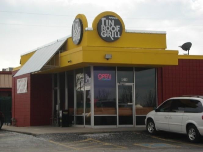 Tin Roof Grill Sandy Pizza Restaurants
