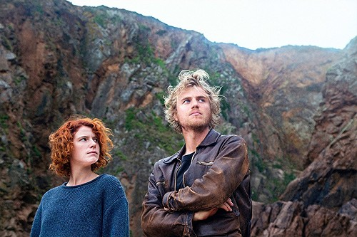 Jessie Buckley and Johnny Flynn in Beast - ROADSIDE ATTRACTIONS