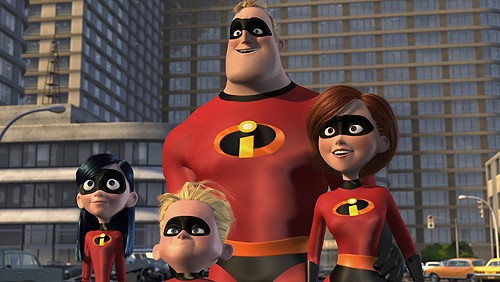 Violet, Dash, Mr. Incredible and Elastigirl in Incredibles 2 - DISNEY/PIXAR