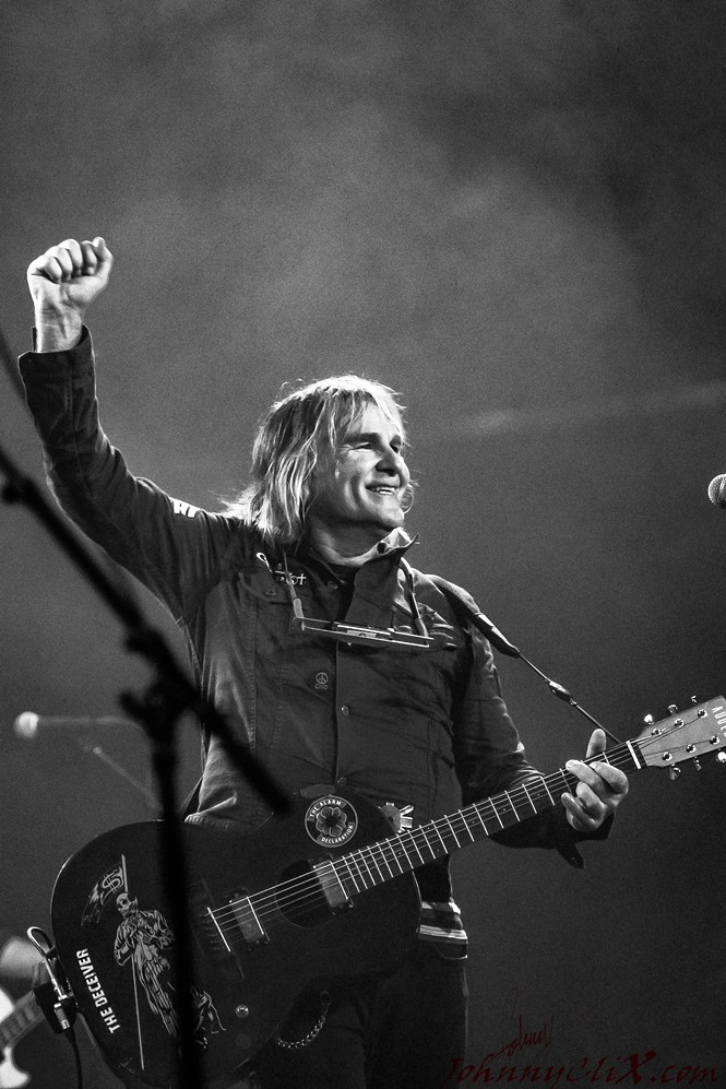 The Alarm's Mike Peters - JOHNNY CHRISTENSEN