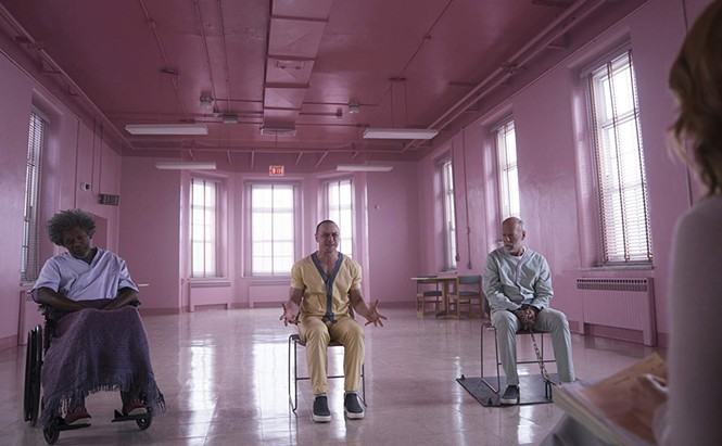 Samuel L. Jackson, James McAvoy and Bruce Willis in Glass - UNIVERSAL PICTURES