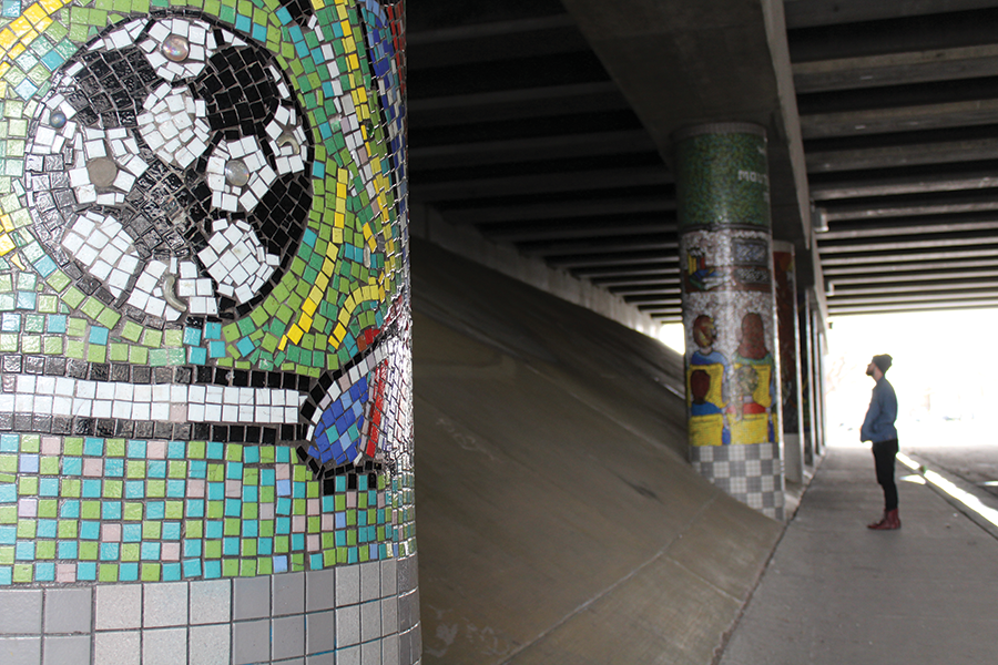 """Pillars of the Community"" at I-15 underpass at 300 North, Multiple artists - ENRIQUE LIMÓN"