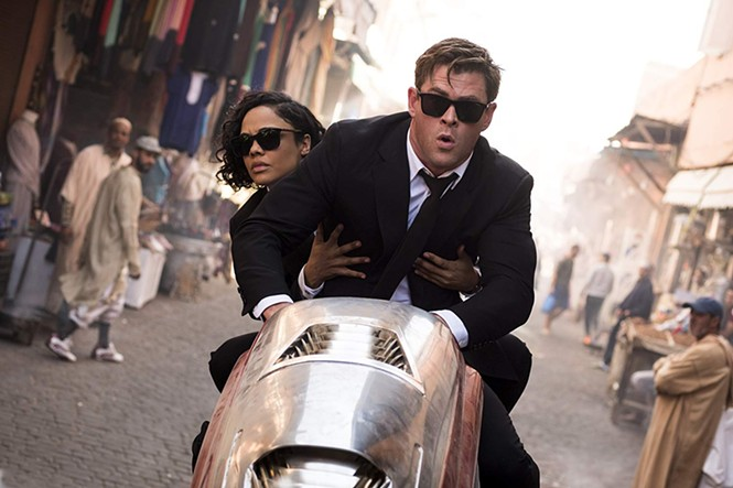 Tessa Thompson and Chris Hemsworth in Men In Black: International - SONY PICTURES