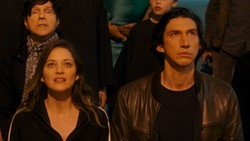 Russell Mael, Marion Cotillard and Adam Driver in Annette - AMAZON STUDIOS
