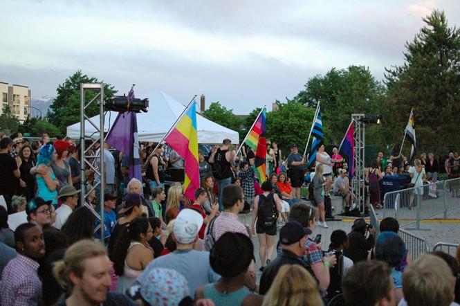 prideday1_2015_11.jpg