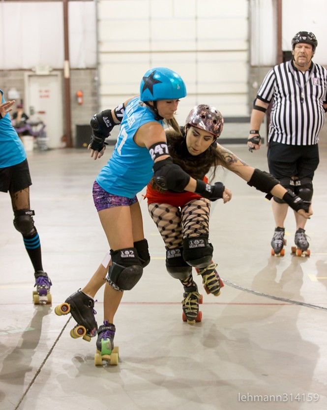 Damn, Gina! stopping the Dolls' jammer in her tracks. - VOID POINTER