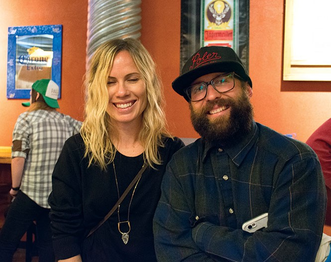 Ana Van Pelt, Todd Robertson