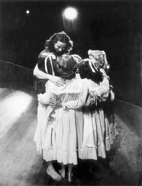 Virginia Tanner and students at Jacob's Pillow, 1953 - JOHAN GEERTZ