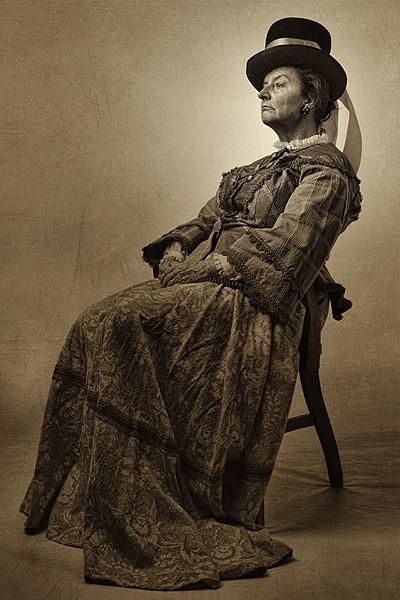 Teresa Sanderson as Mary Todd Lincoln