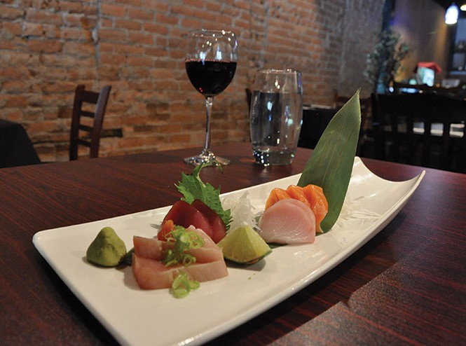 Yellowtail's 9-piece sashimi dish