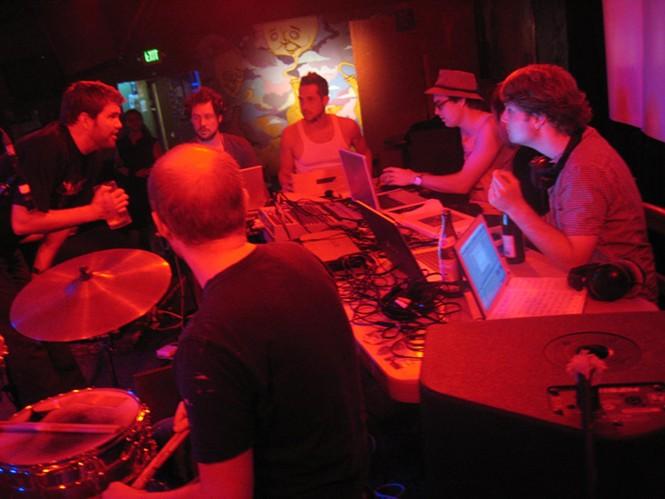 The Urban Lounge: 6/30/10