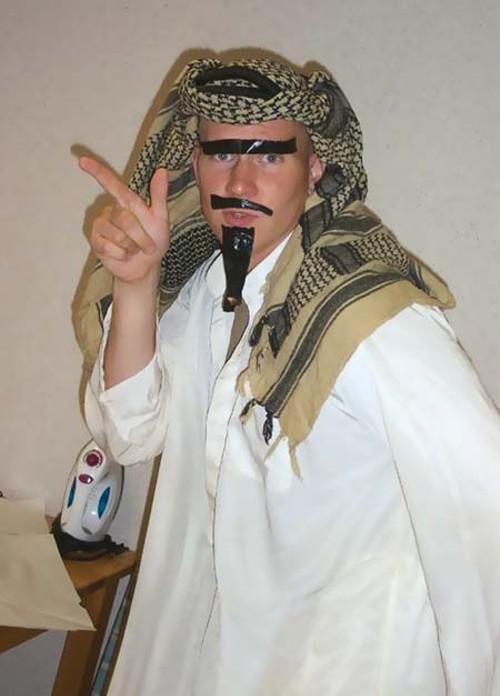 greased_up_arab.jpg
