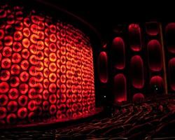 theater01_th2.jpg
