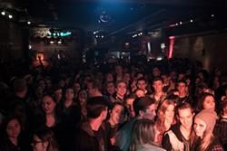 velour8_7_1_1_crowd.jpg