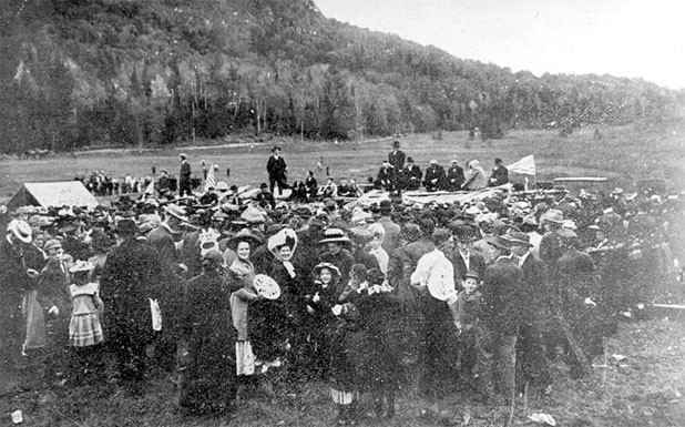 A gathering of Gloverites from 1910