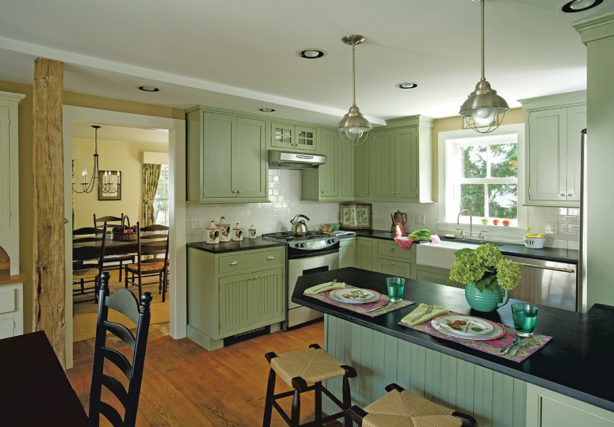 A kitchen in a Dorset home built in the early 1800s - COURTESY OF WENDY JOHNSON, DESIGNS FOR LIVING