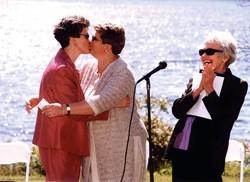 f-knot-kiss.jpg